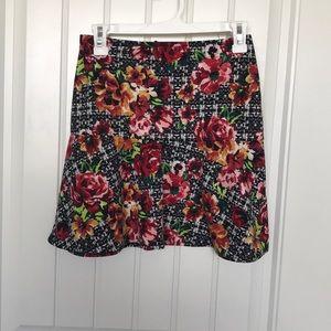 Mid thigh skirt